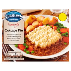 Kershaws Homestyle Cottage Pie with Roast Potatoes, Carrots & Peas 400g