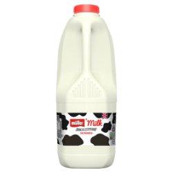 Müller Wiseman Dairies Pasteurised Skimmed Milk 2 Litres